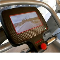 Profesionální běžecký pás RUNNER RUN-7411 - displej